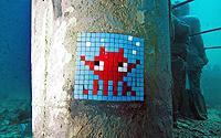 Invader-Taylor-collab-t.jpg