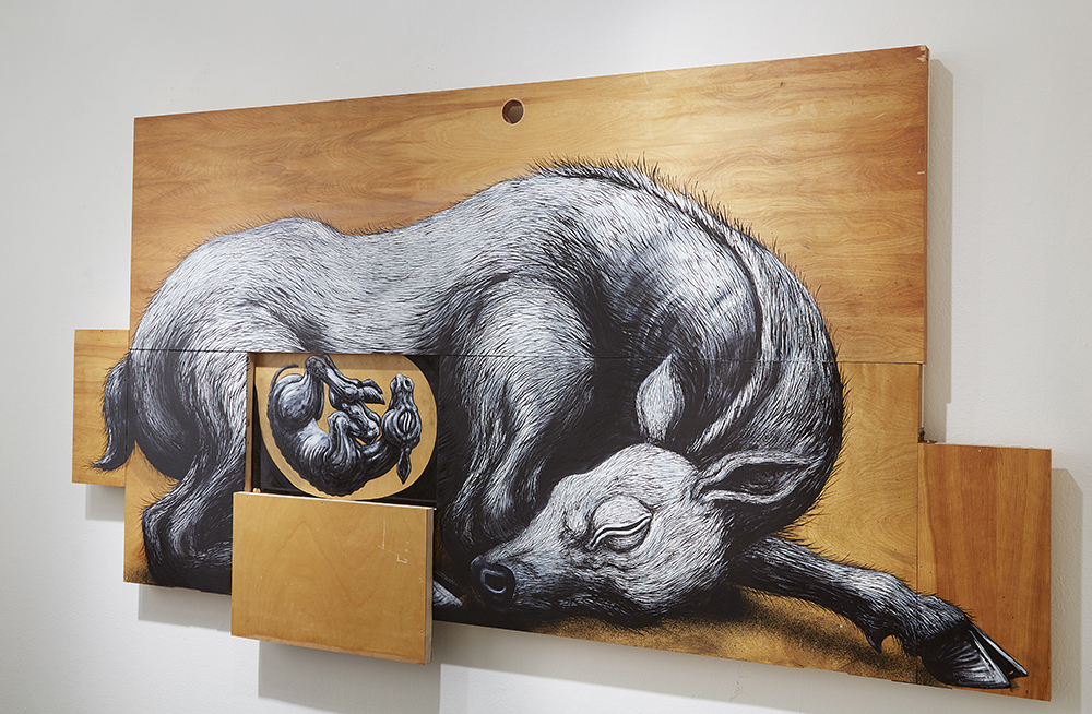 Roa      -  <strong>Cervidae Tableau Dormant (DETAIL)</strong> (<strong style = 'color:#635a27'></strong>)<bR />