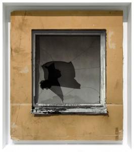EVOL -  <strong>Broken Window (Theorie)</strong> (2015<strong style = 'color:#635a27'></strong>)<bR /> Broken Window (Theorie), 2015 $5,500